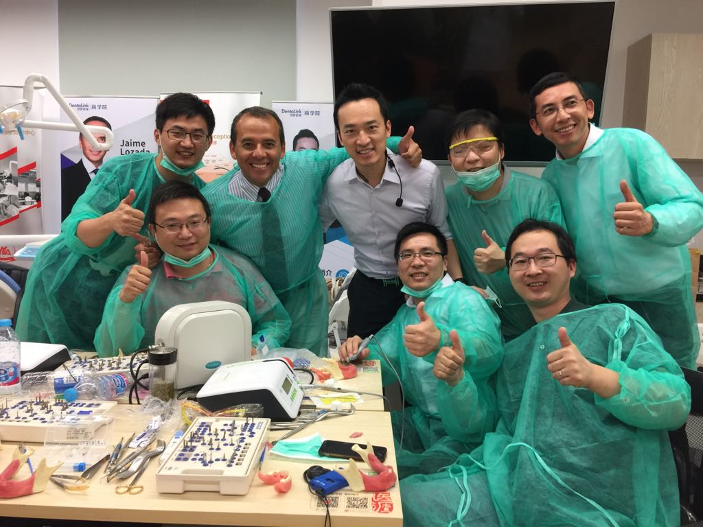 2017 07 22 PHOTO 00003005 - BoneModels takes part in the first American Academy of Implant Dentistry China Maxicourse in Shangai